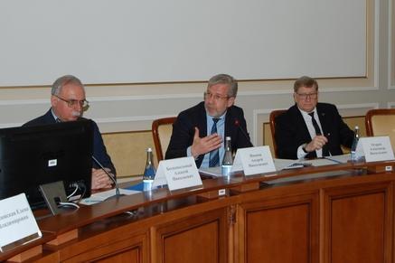 Общественный совет предложил развивать саморегуляцию в транспортной отрасли Ростовской области