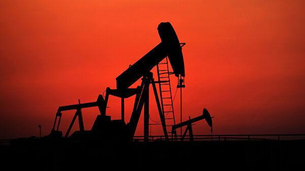Нефти предрекли обвал до 50 долларов за баррель