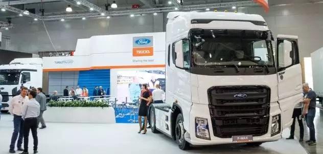 На выставке Comtrans-2019 представлена новая линейка грузовиков Ford Trucks, собранных в России