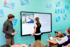 Москва ежемесячно дает надбавку учителям за развитие «МЭШ»