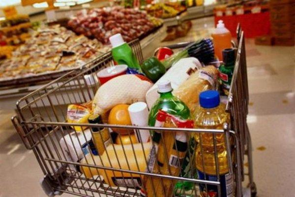 В Ростове зафиксировали самые высокие в области цены на восемь продуктов питания
