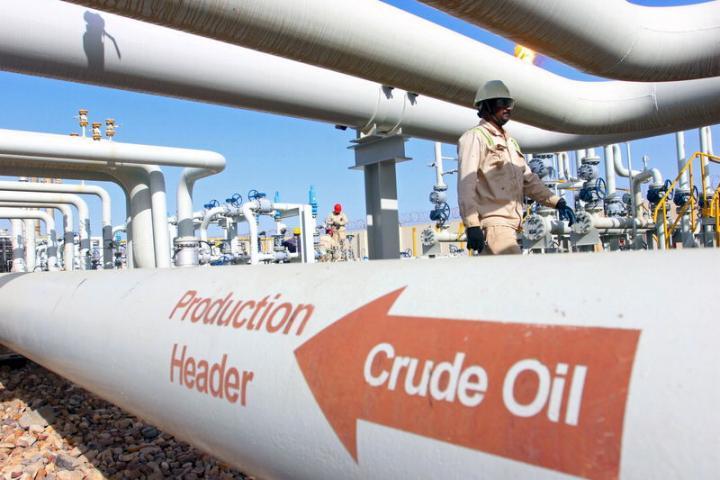 Цены на нефть выросли на 2% на фоне сокращения добычи ОПЕК