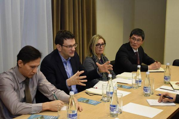 Миссия международной финансовой корпорации IFC изучит потенциал химической промышленности Узбекистана