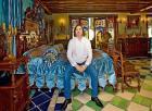 Уникальную коллекцию антикварной мебели Никаса Сафронова выставили в Рязани