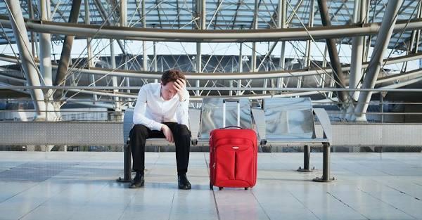 Что можно требовать от авиаперевозчика при задержке рейса?